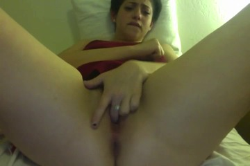 Teen Masturbates Her Hairy Pussy For The Camera