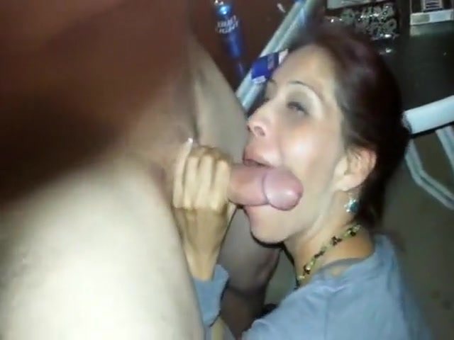 indian brunette loves cock sucking dick