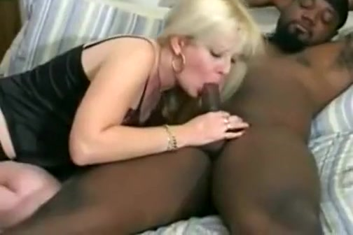 sexy blonde with black dude gets her pussy drilled deeply and enjoying