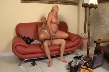 busty mature milf busty sucking hard cock and getting fucked pretty much from horny man