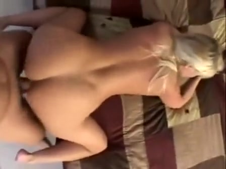 sexy busty blonde pussy was beaten by hard cock
