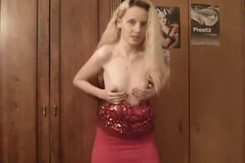 beauty long hair with golden hair with small boobies and shaved shaved pussy dances