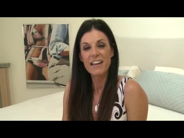 Sexy Brunette Milf Sucks Big Dick