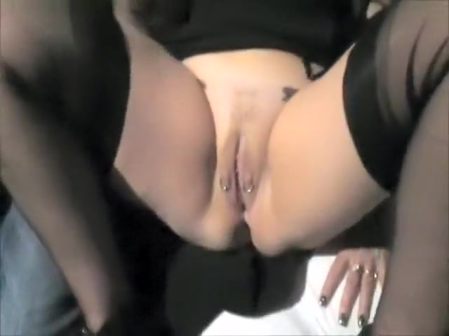 Slut Wife Squirt And Fucked By A Foreign Aga ...