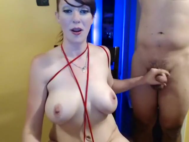 Lady Plays With Herself As She Sucks Dick. Cristina Live On 720Cams.com