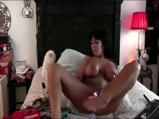 Fuck My Black Pussy In An Amateur Webcam Video Clip