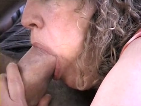Mature I Would Like To Get Fuck Can Not Live Without Devouring A Foreign Massive Strapon