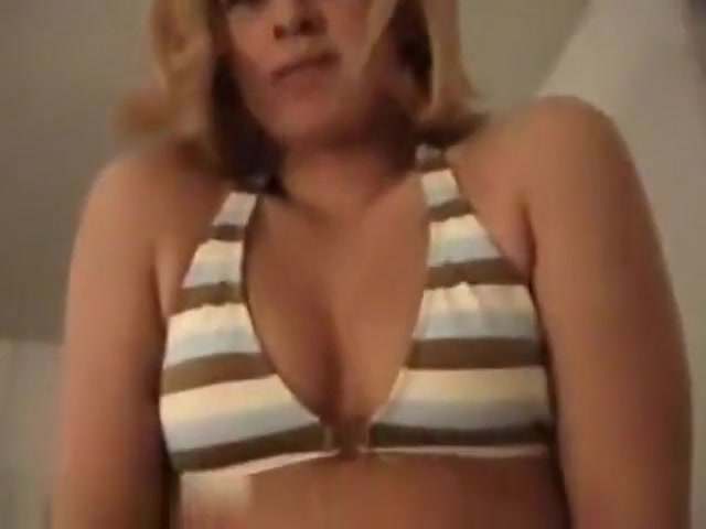 so sexy blonde woman doing an amazing homemade sex video action