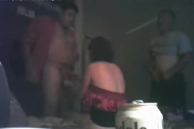 Mature brunette slut has a threesome with 2 male friends