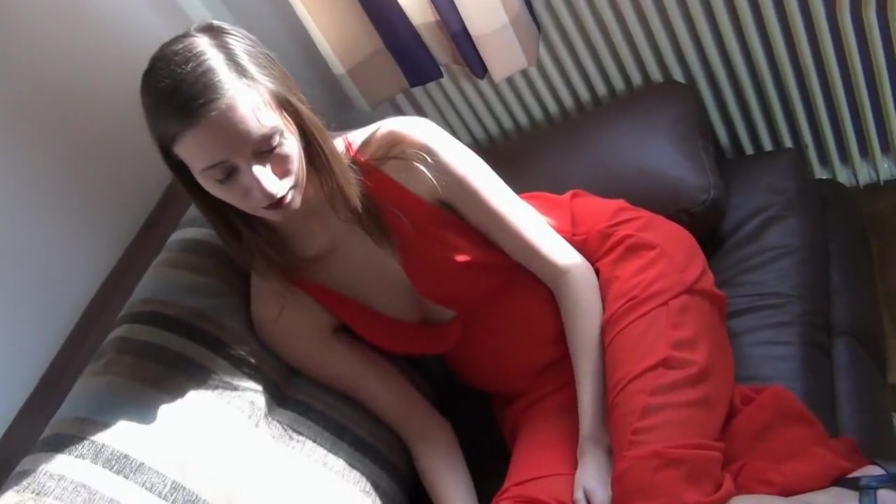 Naive italian girl fucked strongly during an audition by big cock
